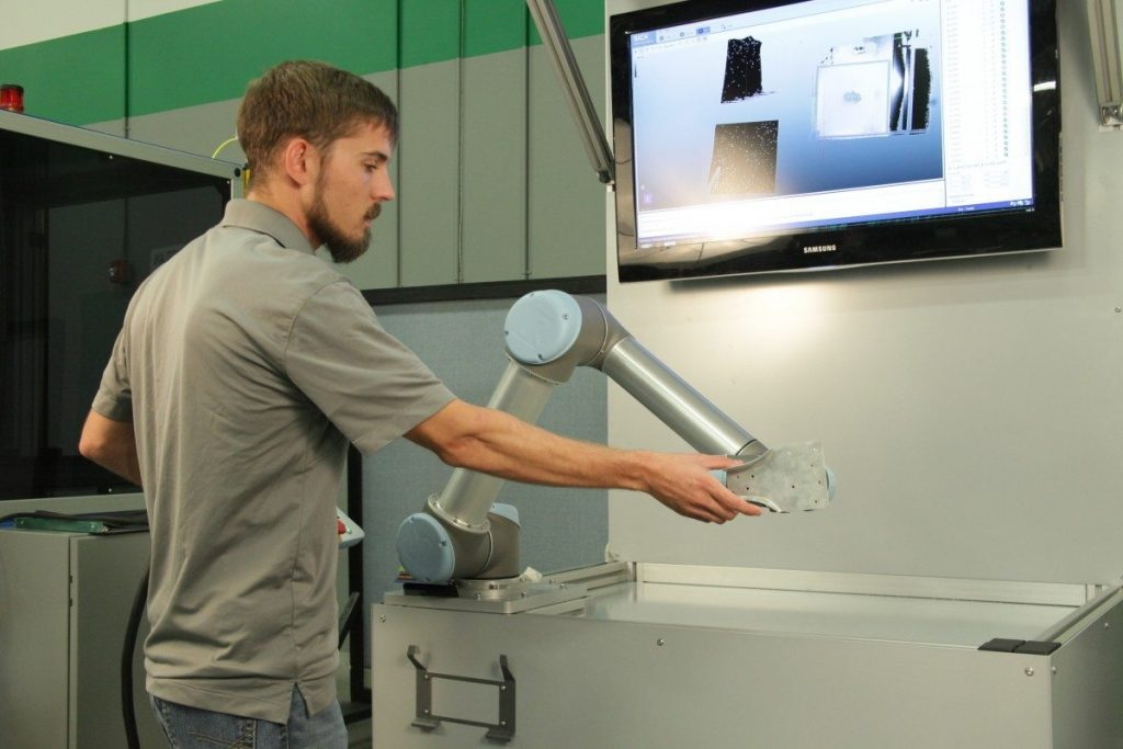 Thomas Delk and UR SICK Integro Technologies robotics automation and machine vision